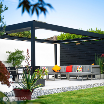 Prestige Outdoor Living Pod